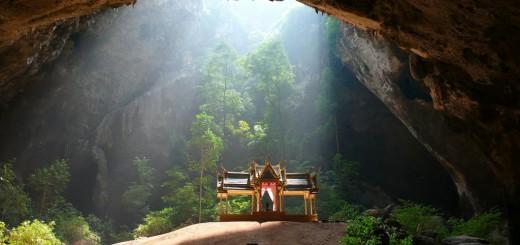 微笑みの国タイには、ドラクエの世界があった?!