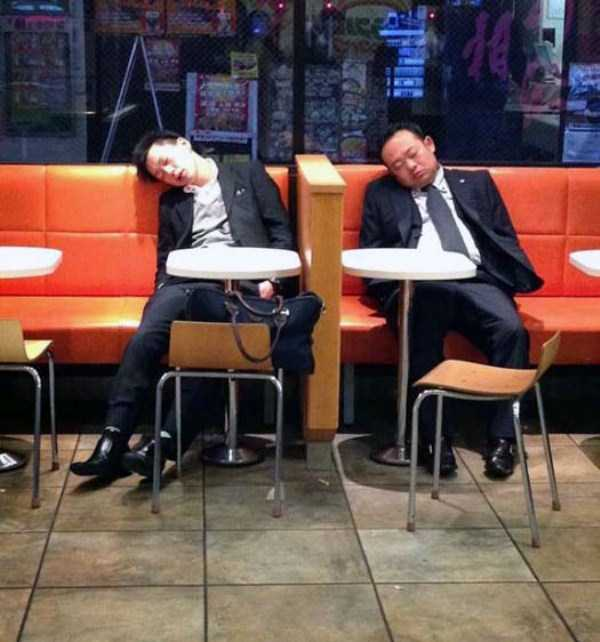 japanese-businessmen-pass-out-12
