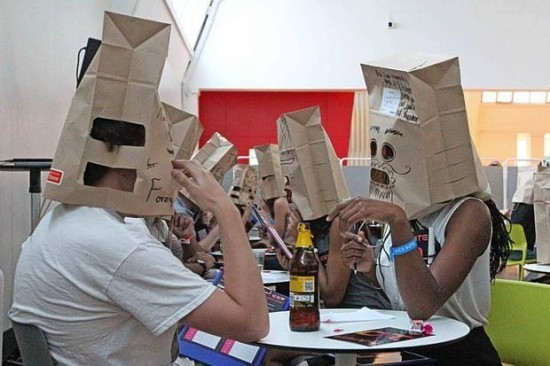 paper-bag-speed-dating3-550x366-620x