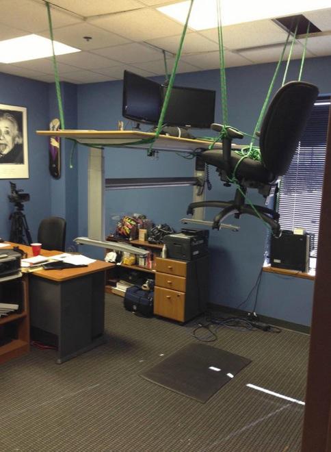 meanest-pranks-office-18