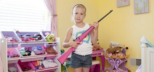 少女「マイ銃ゲットしたよ☆」 アメリカの銃社会ぶりがよくわかる写真シリーズ