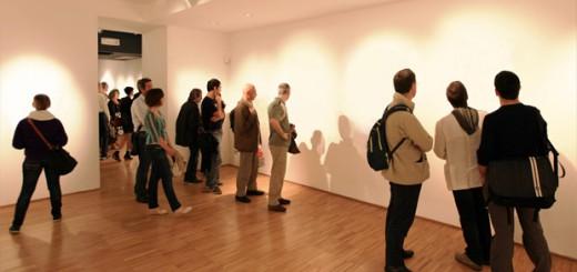 究極の妄想力! ニューヨークで注目を集める「透明のアート」