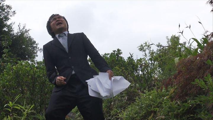 """定期的に""""妖怪演説""""という演説活動を行っている加藤さん"""