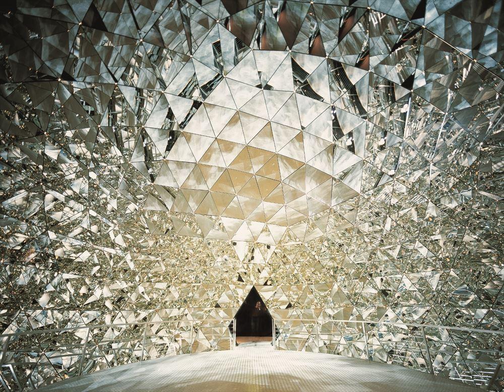 Swarovski_Kristallwelten_Crystal_Dome_by_Walter_Oczlon_R