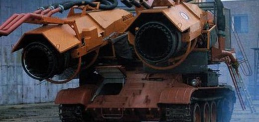 ハンガリーが新型のモビルアーマーを開発したぞ!・・・なんと消防車でした!