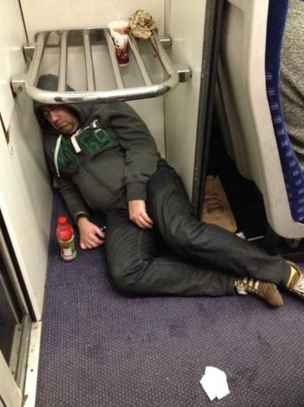 people-can-sleep-everywhere-14