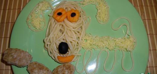 ロシアの食材アート、残念なほど低クオリティでジワジワくる