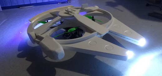 もうUFOにしか見えない!ラジコン空撮クアッドコプターをミレニアム・ファルコンに魔改造