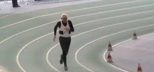 95歳とは思えない走力!200mの世界記録を更新したおじいちゃん動画