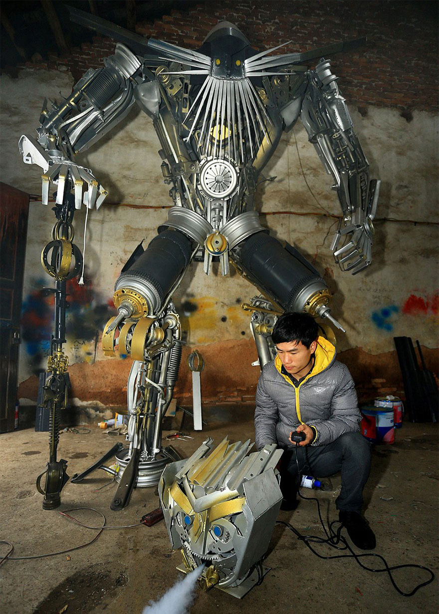 recycled-scrap-metal-sculpture-transformers-father-son-farmer-china-3