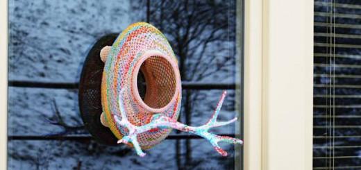 自宅で小鳥を鑑賞し放題!3Dプリンタ製のエサ箱
