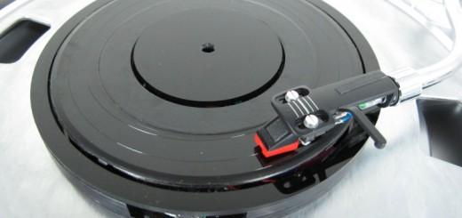 あらゆる楽曲データがレコードプレーヤーで再生可能!オーディオファン感涙の装置