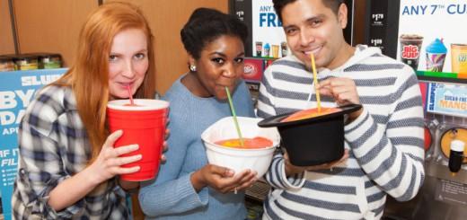 太っ腹すぎぃ!米国セブンイレブンで、持参容器へドリンク注ぎ放題のキャンペーン開始