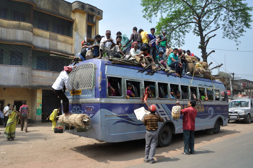 The-most-overloaded-vehicles-of-all-times.2__880