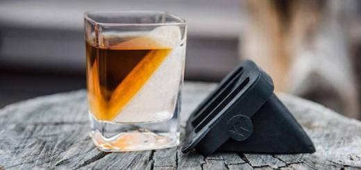 ウイスキーを美味しく飲むための、究極の氷「Whiskey Wedge」