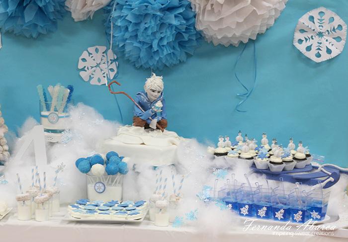 cupcake-art-movie-characters-sugar-sculptures-animator-fernanda-abarca-cakes-101