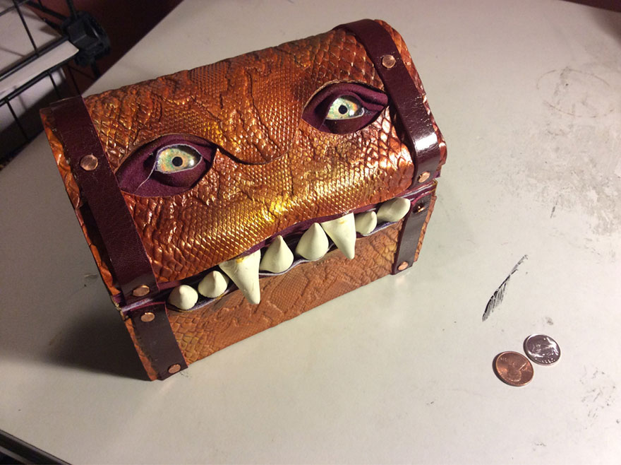 fantasy-monster-boxes-leather-fine-line-workshop-mellie-z-16