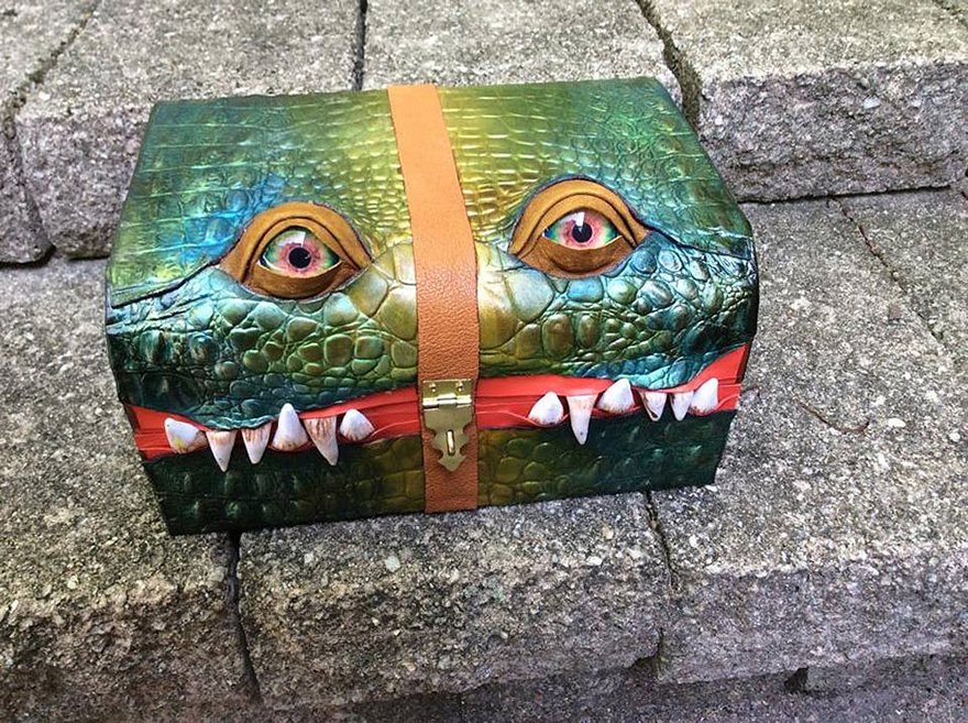 fantasy-monster-boxes-leather-fine-line-workshop-mellie-z-21