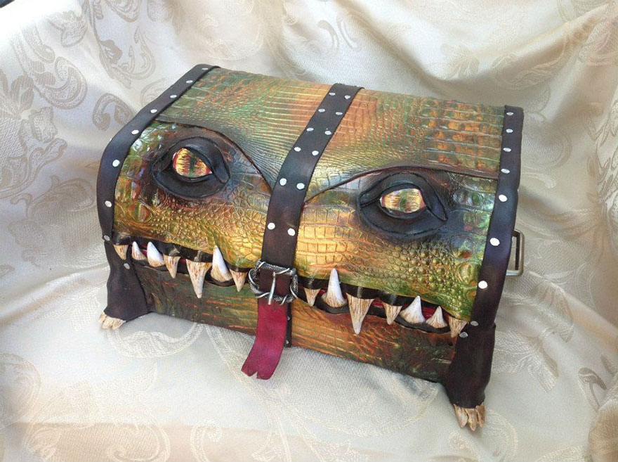 fantasy-monster-boxes-leather-fine-line-workshop-mellie-z-5