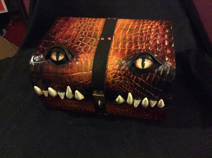 fantasy-monster-boxes-leather-fine-line-workshop-mellie-z19