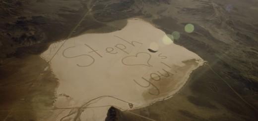 「宇宙飛行士の父にメッセージを届けたい」娘が砂漠に書いた巨大なメッセージとは!?