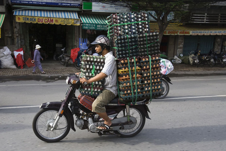 overloaded-vehicles-around-the-world-10__880