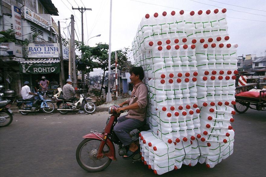 overloaded-vehicles-around-the-world-9__880