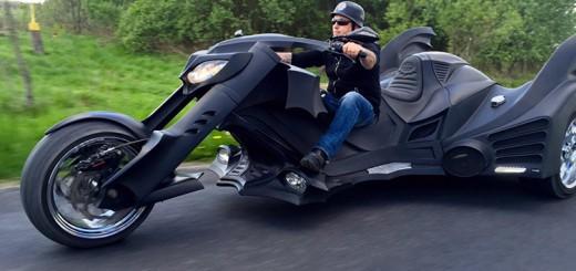 バットモービルをモチーフにしたカスタムバイクが出現!ワイルドでかっこいい
