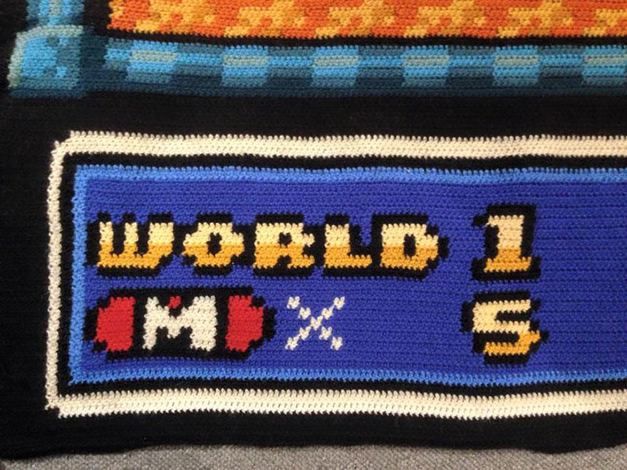 crocheted-super-mario-blanket-kjetil-nordin-6