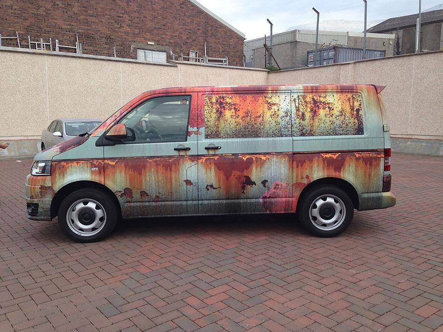 rusty-car-vinyl-wrap-vw-van-clyde-wraps-6