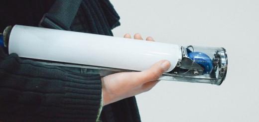 折りたたむと筒になる!お洒落で持ち運びに便利なキックボード