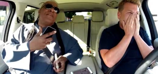 スティーヴィー・ワンダーが助手席で名曲メドレーをカラオケ!夢のようなドライブ動画
