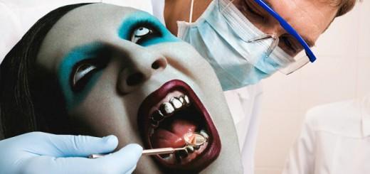 ロックスターに歯科医の写真を合成すると・・・駄々っ子で満載になる