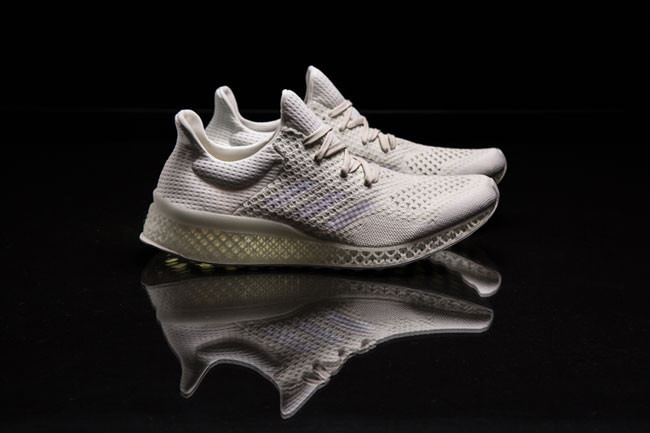 Adidas-is-3D-printing-running-shoes-to-fit-your-feet-perfectly3-650x433