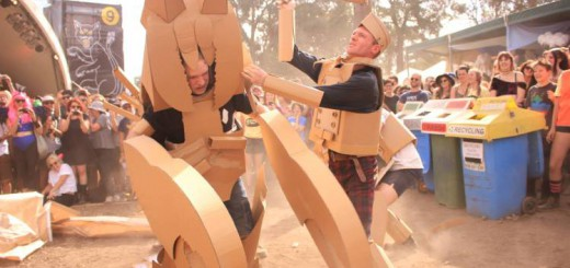段ボールで武器を自作し参戦!大人による本気の合戦イベント「Boxwars」