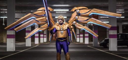 『League of Legends』Kayleの翼を再現!スマホで開閉する装置を自作した猛者現る