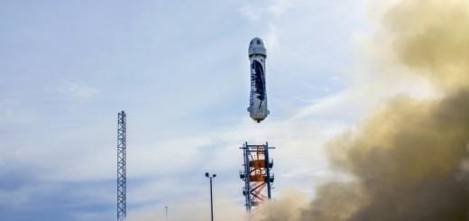 ジェフ・ベゾス氏設立の宇宙企業、チンコ型ロケットを発射し垂直着陸する偉業を達成