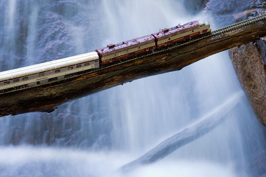 canadian-ghost-train-canada-waterfall__880