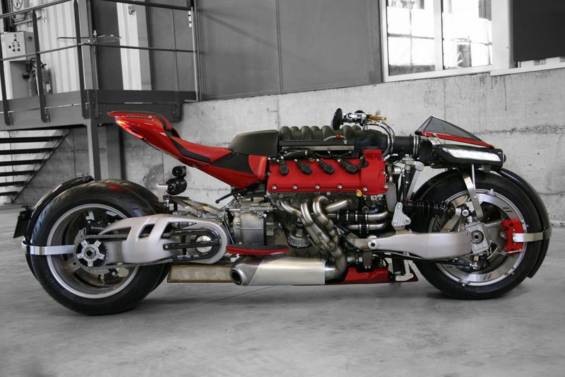 motorcycle-powered-by-maserati-engine-lazareth-lm-847-12