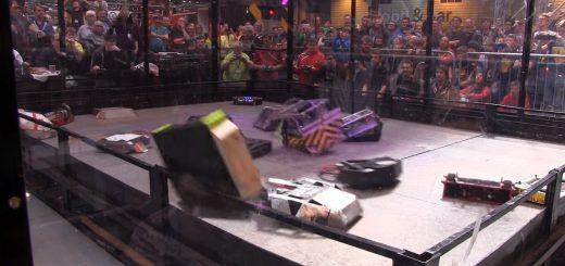 まさに火花散らす戦い!18機のロボットがぶつかり合う、バトルロイヤル動画がアツい