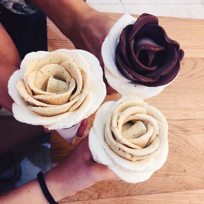gelato-flowers-ice-cream-icreamy-9-588214e193deb__700