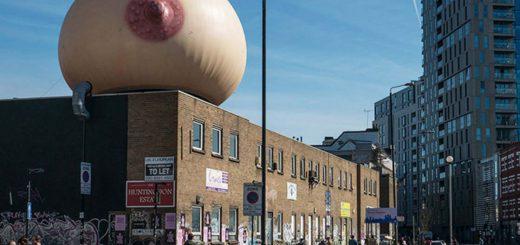 ロンドン市街に巨大おっぱいが突如登場!その理由とは!?