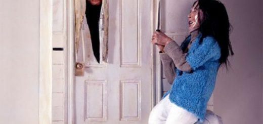 ジャック・ニコルソンが飛び出す!シャイニング鳩時計に映画ファンわくわく