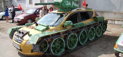 ロシアで愛車を戦車に魔改造するのがブーム!?無理やりカスタムした写真まとめ