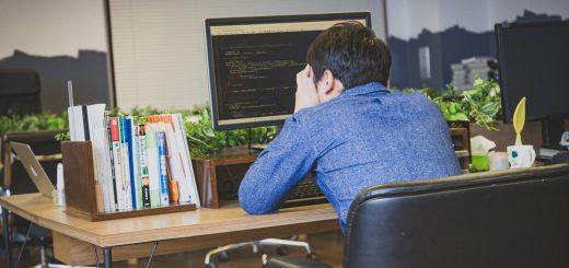 悲しいあるある大集合!「#ITエンジニアっぽい小説のタイトル」投稿が人気